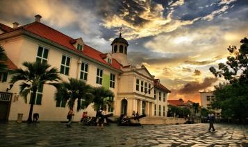 Ngày 05 : Jakarta - Hà Nội      ( Ăn ba bữa )