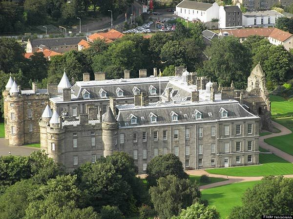 Cung điện Holyrood House