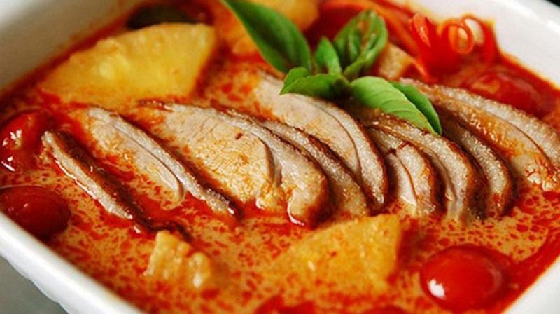 Cà ri Khmer đỏ - món ngon đặc trưng của Campuchia