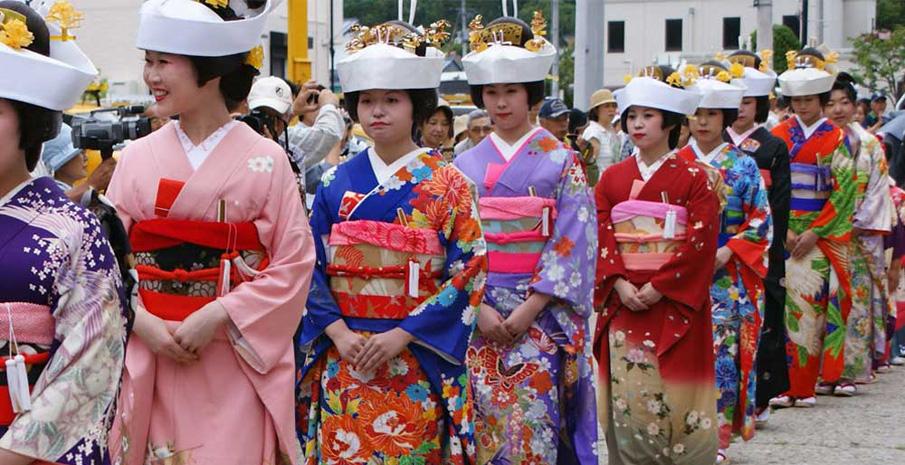 Tham dự lễ hội Gion Matsuri truyền thống tại Nhật Bản