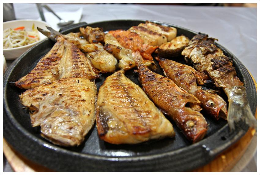 Kết quả hình ảnh cho món cá nướng–saengseon-gui han quoc